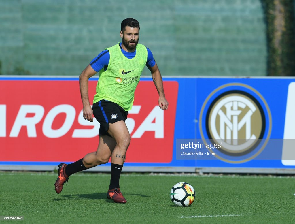 Antonio Candreva of FC Internazionale in action during the training session at Suning Training Center at Appiano Gentile on October 12, 2017 in Como, Italy.
