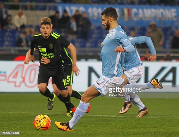 Antonio Candreva of SS Lazio scores the team's fifth goal from penalty spot during the Serie A match between SS Lazio and Hellas Verona FC at Stadio...