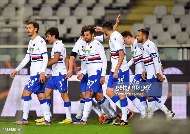 Antonio Candreva of U.C. Sampdoria celebrates with his team after scoring his sides 1st goal during the Serie A match between Torino FC and UC...