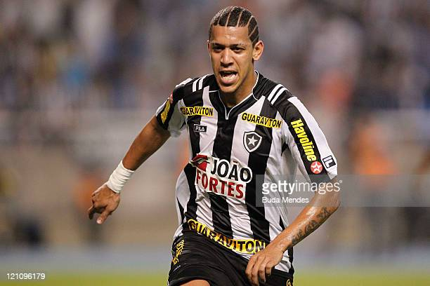 Antonio Carlos of Botafogo celebates a scored goal againist America MG during a match as part of Serie A 2011 at Engenhao stadium on August 13, 2011...