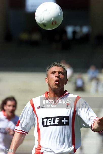 Antonio Cassano of Bari in action during the Serie A 30th Round League match between Bari and Vicenza played at the San Nicola Stadium Bari DIGITAL...