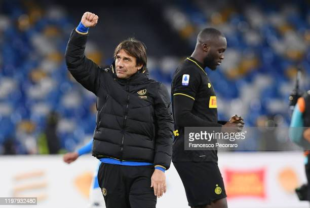 Antonio Conte FC Internazionale coach and Romelu Lukaku of FC Internazionale celebrate the victory after the Serie A match between SSC Napoli and FC...