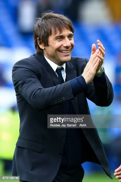 Antonio Conte head coach / manager of Chelsea celebrates at full time during the Premier League match between Everton and Chelsea at Goodison Park on...