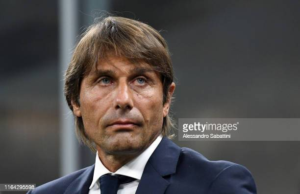 Antonio Conte head coach of FC Internazionale looks on during the Serie A match between FC Internazionale and US Lecce at Stadio Giuseppe Meazza on...