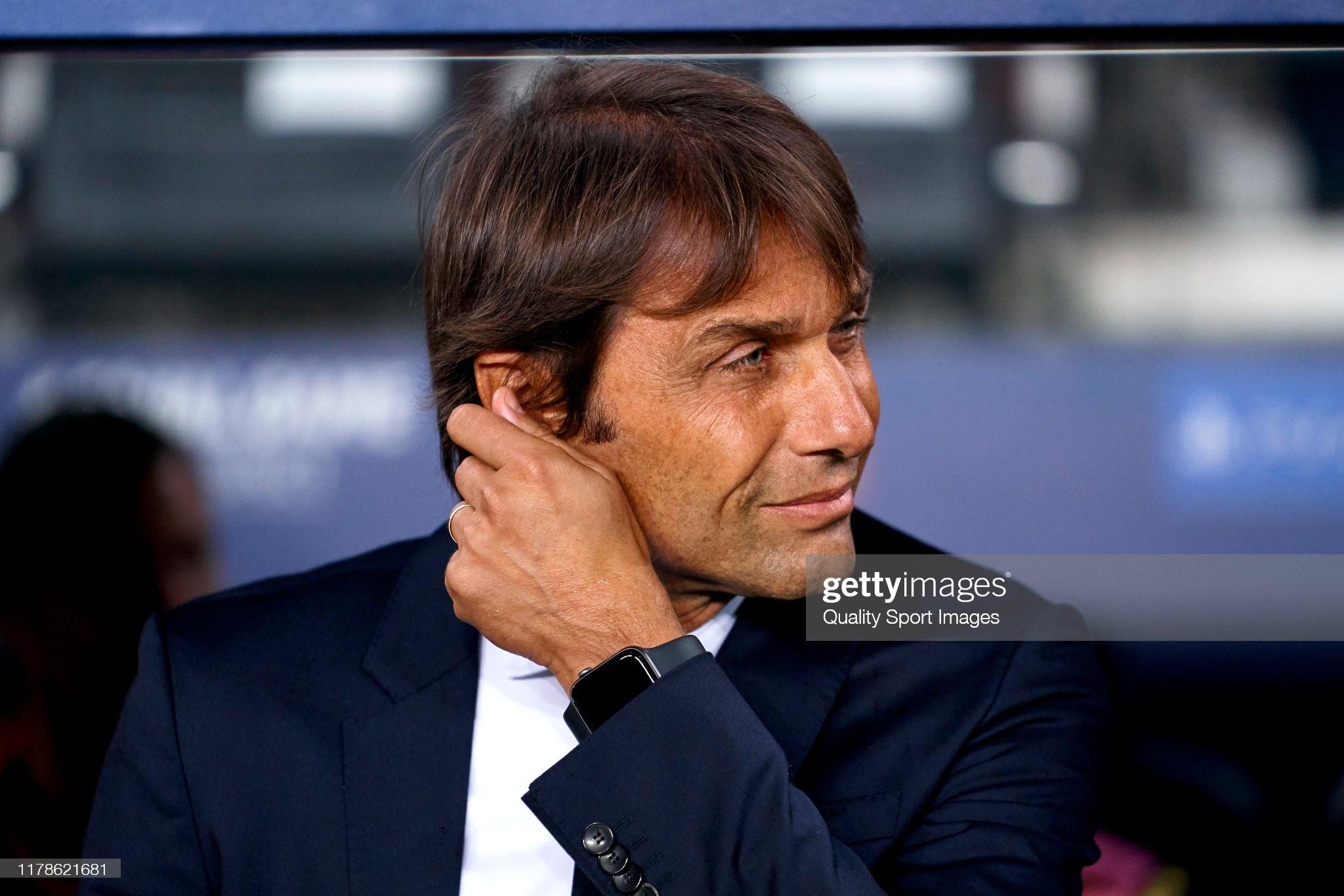 صور مباراة : برشلونة - إنتر 2-1 ( 02-10-2019 )  Antonio-conte-head-coach-of-inter-looks-on-prior-to-the-uefa-league-picture-id1178621681?s=2048x2048