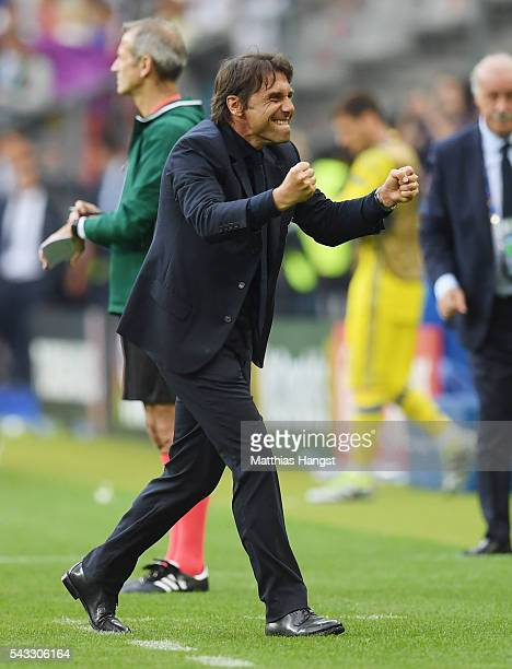 Antonio Conte head coach of Italy celebrates his team's 20 win after the UEFA EURO 2016 round of 16 match between Italy and Spain at Stade de France...