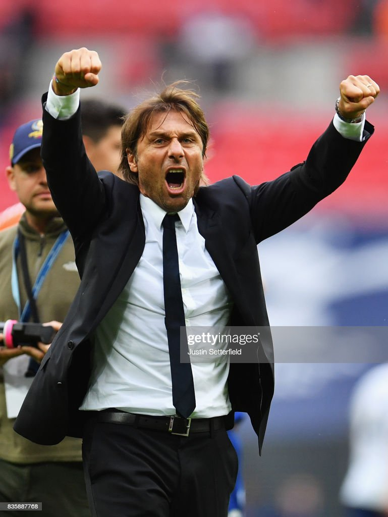 Antonio Conte, Manager of Chelsea celebrates victory after the Premier League match between Tottenham Hotspur and Chelsea at Wembley Stadium on August 20, 2017 in London, England.