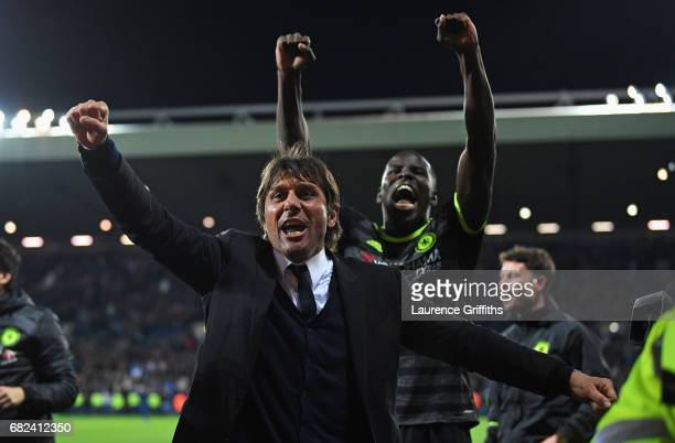 Antonio Conte Manager of Chelsea celebrates winning the leauge after the Premier League match between West Bromwich Albion and Chelsea at The...