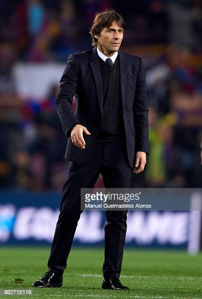 Antonio Conte Manager of Chelsea looks on after the UEFA Champions League Round of 16 Second Leg match between FC Barcelona and Chelsea FC at Camp...