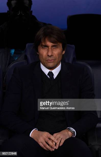 Antonio Conte Manager of Chelsea looks on prior to the UEFA Champions League Round of 16 Second Leg match between FC Barcelona and Chelsea FC at Camp...