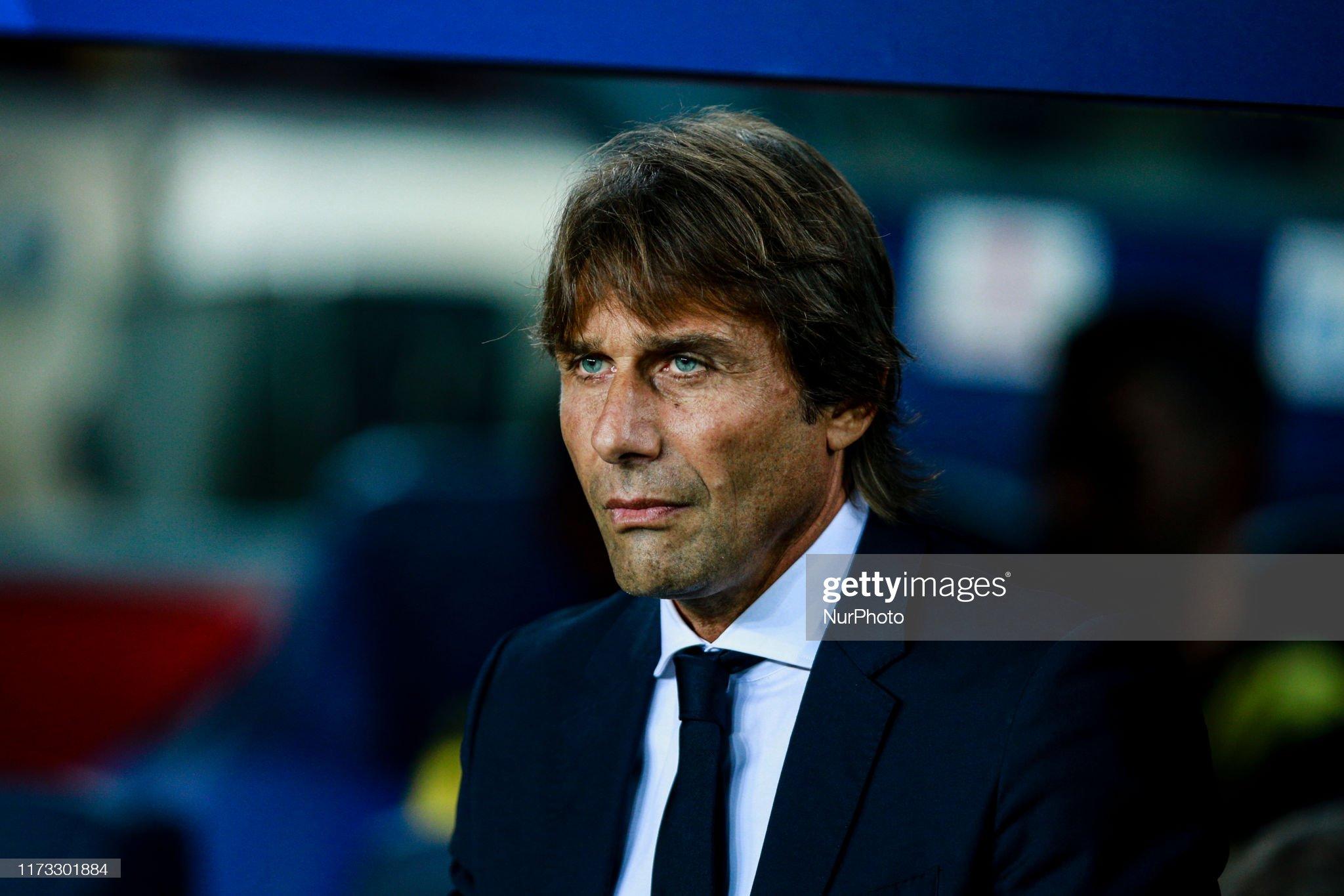 صور مباراة : برشلونة - إنتر 2-1 ( 02-10-2019 )  Antonio-conte-of-fc-internazionale-milano-during-the-uefa-champions-picture-id1173301884?s=2048x2048