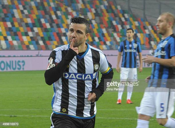 Antonio Di Natale of Udinese celebrates after scoring his opening goal during the TIM Cup match between Udinese Calcio and Atalanta BC at Stadio...
