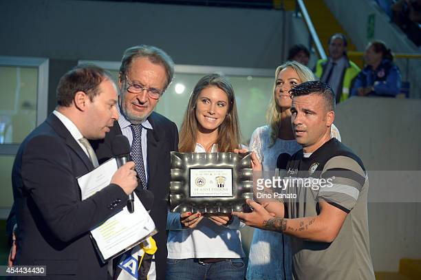 Antonio Di Natale of Udinese receives a plaque from President of Udinese Gianpaolo Pozzo before the Serie A match between Udinese Calcio and Empoli...