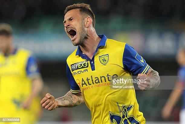 Antonio Floro Flores of AC Chievo Verona celebrates his goal during the Serie A match between AC Chievo Verona and Frosinone Calcio at Stadio...