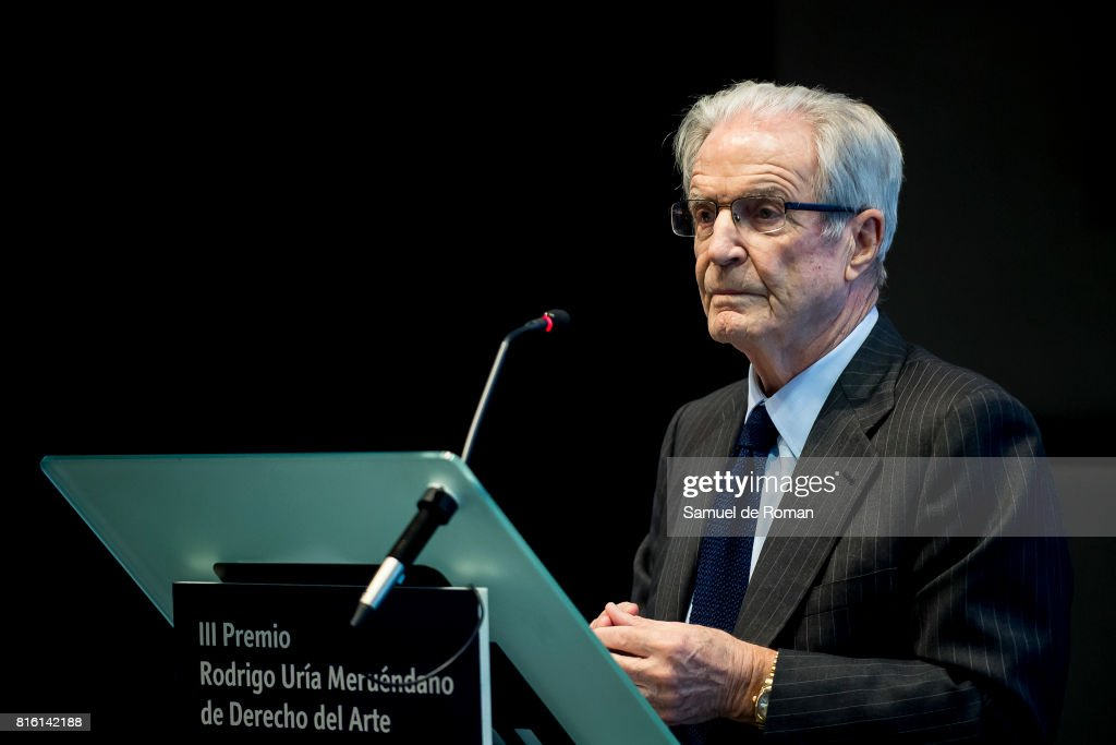 Antonio Garrigues delivers a speech during the Rodrigo Uria Meruedano Tribute on July 17, 2017 in Madrid, Spain.