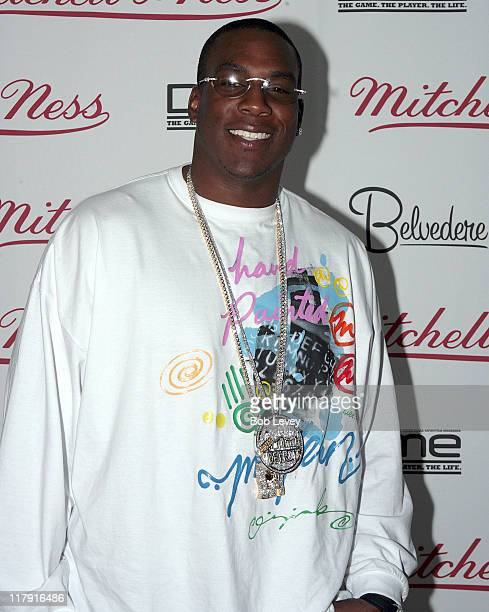 Antonio Gates of the San Diego Chargers during Mitchell Ness After Party for the NBA AllStar Game February 19 2006 at Chill Therapy at Belvedere in...