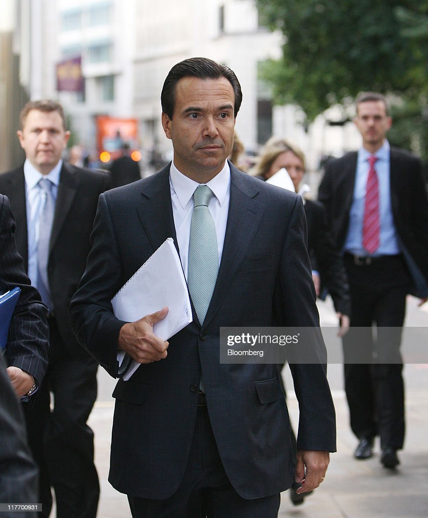 Lloyds Banking Group Plc Pledges 15,000 Job Cuts And 1.5 Billion Pound Savings
