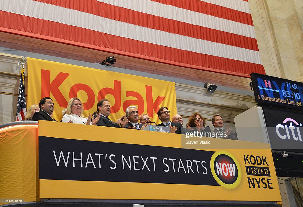 Antonio M Perez Ceo Eastman Kodak Company And Members Of The News Photo Getty Images