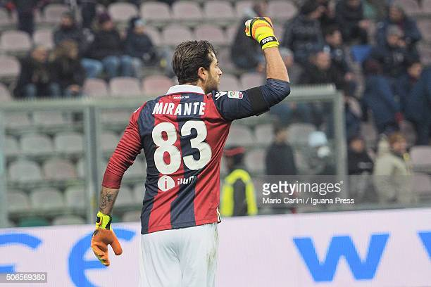 Antonio Mirante goalkeeper of Bologna FC celebrates at the end of the Serie A match between US Sassuolo Calcio and Bologna FC at Mapei Stadium Città...