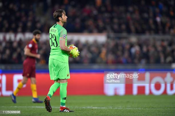 Antonio Mirante of AS Roma in action during the UEFA Champions League Round of 16 First Leg match between AS Roma and FC Porto at Stadio Olimpico on...