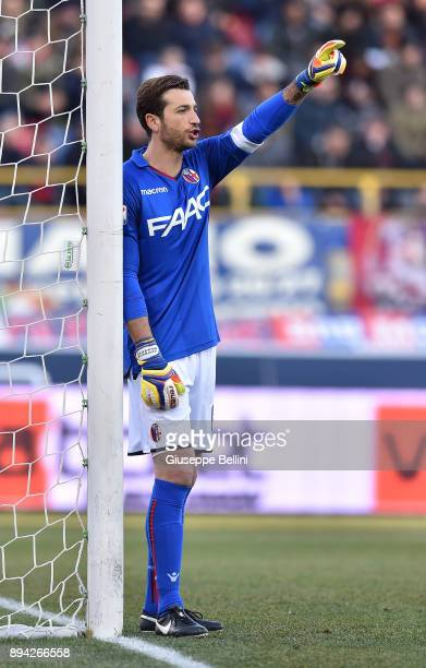 Antonio Mirante of Bologna FC in action during the Serie A match between Bologna FC and Juventus FC at Stadio Renato Dall'Ara on December 17 2017 in...