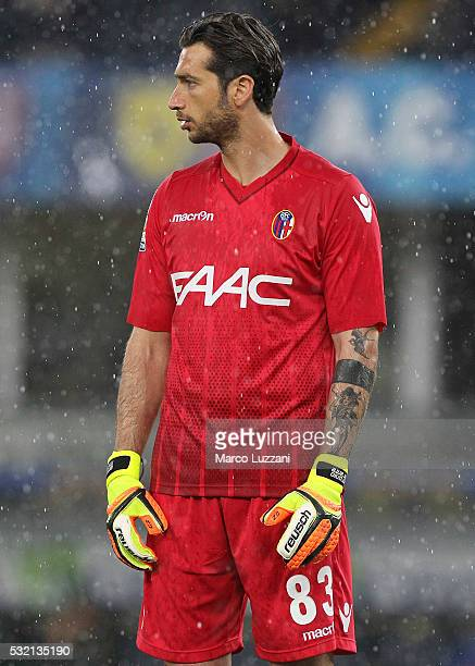 Antonio Mirante of Bologna FC looks on during the Serie A match between AC Chievo Verona and Bologna FC at Stadio Marc'Antonio Bentegodi on May 15...