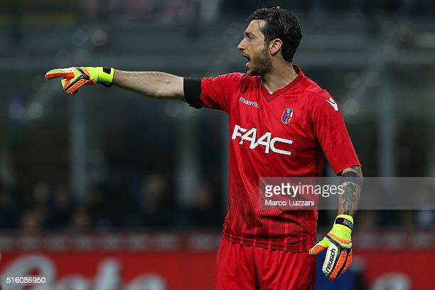 Antonio Mirante of Bologna FC shouts during the Serie A match between FC Internazionale Milano and Bologna FC at Stadio Giuseppe Meazza on March 12...