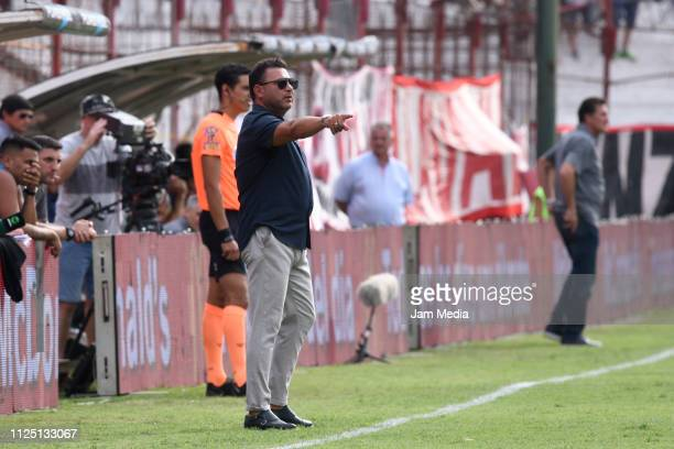 Antonio Mohamed Coach of Huracan gives instructions to his players during a match between Huracan and Rosario Central as part of Superliga 2018/19 at...
