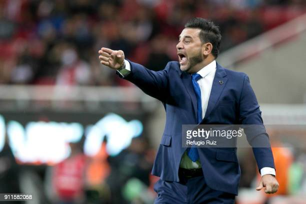 Antonio Mohamed coach of Monterrey gives instructions to his players during the 4th round match between Chivas and Monterrey as part of the Torneo...