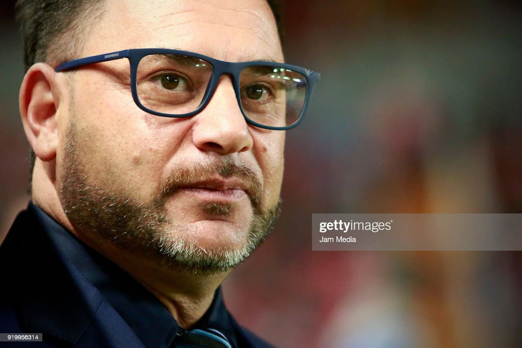 Antonio Mohamed coach of Monterrey looks on during the 8th round match between Necaxa and Monterrey as part of the Torneo Clausura 2018 Liga MX at Victoria Stadium on February 17, 2018 in Aguascalientes, Mexico.