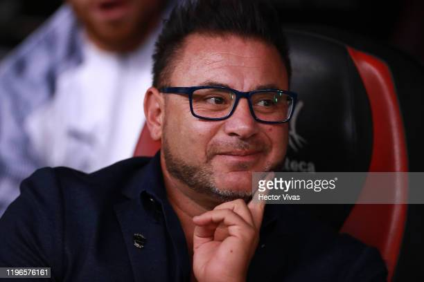 Antonio Mohamed head coach of Monterrey looks on prior the Final second leg match between America and Monterrey as part of the Torneo Apertura 2019...