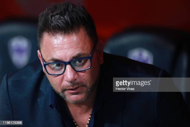 Antonio Mohamed headcoach of Monterrey looks on prior the Final first leg match between Monterrey and America as part of the Torneo Apertura 2019...