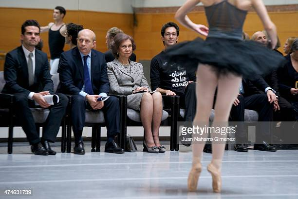 Antonio Najarro Jose Ignacio Wert Queen Sofia of Spain and Jose Carlos Martinez visit the National Dance Company at National Dance Company sede on...