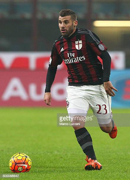 Antonio Nocerino of AC Milan in action during the TIM Cup match between AC Milan and FC Crotone at Stadio Giuseppe Meazza on December 1 2015 in Milan...