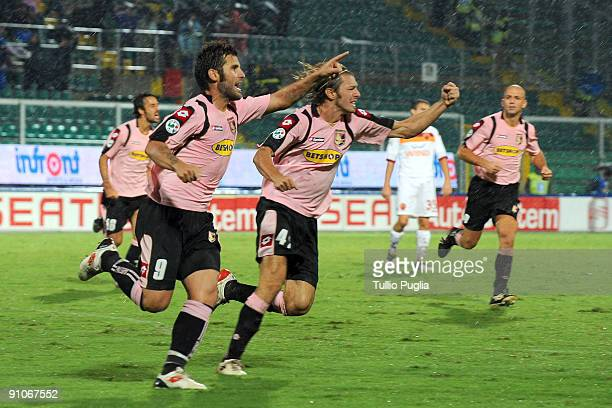 Antonio Nocerino of Palermo and his teammates celebrtate their third goal during the Serie A match played between US Citta di Palermo and AS Roma at...
