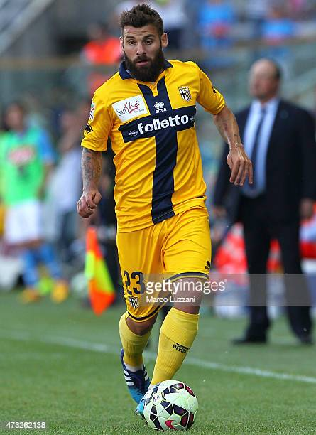 Antonio Nocerino of Parma FC in action during the Serie A match between Parma FC and SSC Napoli at Stadio Ennio Tardini on May 10 2015 in Parma Italy