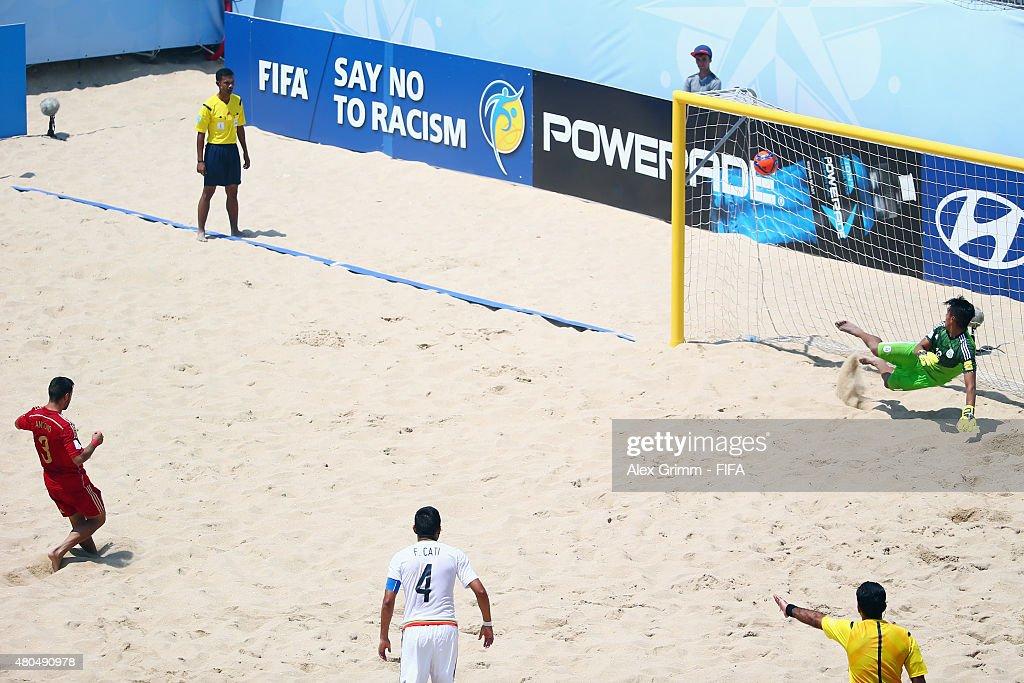 Mexico v Spain: Group C - FIFA Beach Soccer World Cup : News Photo