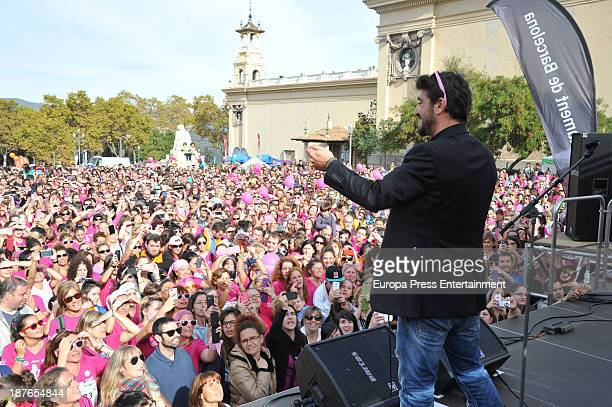 Antonio Orozco attends Women Race to raise funds against breast cancer on November 10 2013 in Barcelona Spain