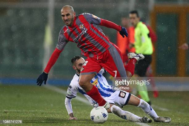 Antonio Piccolo US Cremonese and Manuel Marras fight for the ball during the Italian Serie B 2018/2019 match between Pescara Calcio 1936 FC and US...