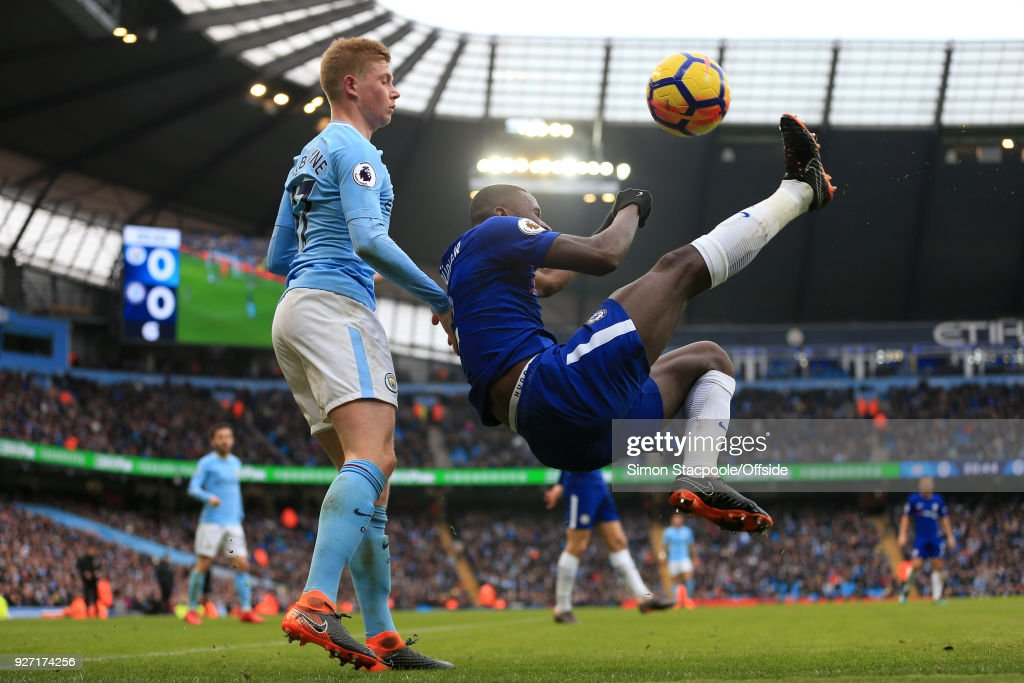 Antonio Rudiger of Chelsea clears with an overhead kick from Kevin De Bruyne of Man City during the Premier League match between Manchester City and Chelsea at the Etihad Stadium on March 4, 2018 in Manchester, England.