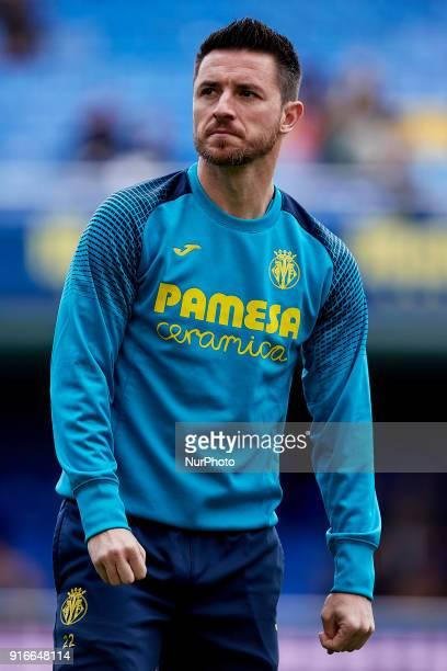 Antonio Rukavina of Villarreal CF looks on prior to the La Liga match between Villarreal CF and Deportivo Alaves at Estadio de la Ceramica on...