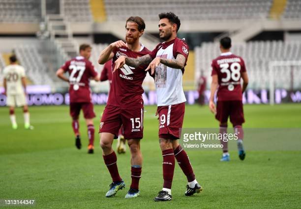 Antonio Sanabria of Torino FC celebrates after scoring his team's first goal during the Serie A match between Torino FC and AS Roma at Stadio...