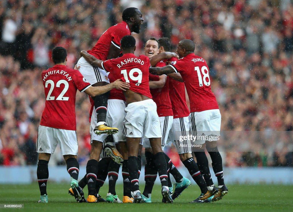 Manchester United v Everton - Premier League : News Photo