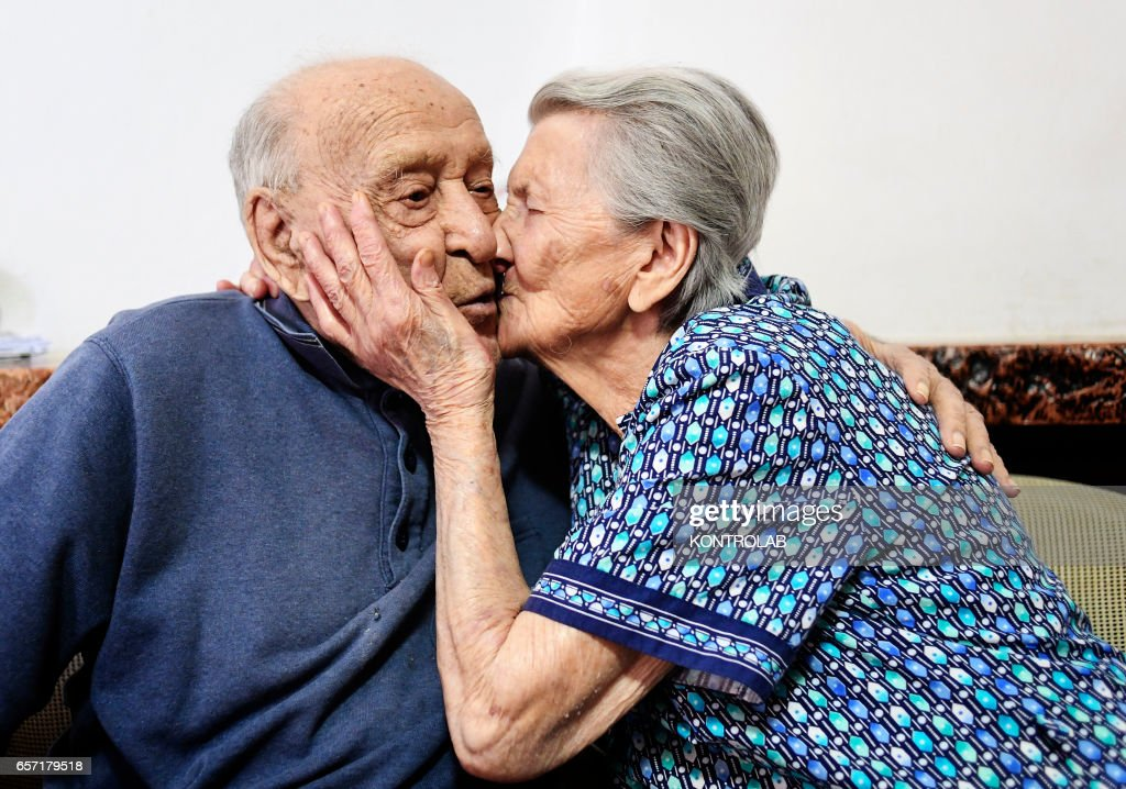 Antonio Vassallo, 100 years-old, and his wife Amina Fedollo... : News Photo