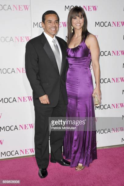 Antonio Villaraigosa and Lu Parker attend MOCA NEW 30th Anniversary Gala at MOCA on November 14 2009 in Los Angeles California