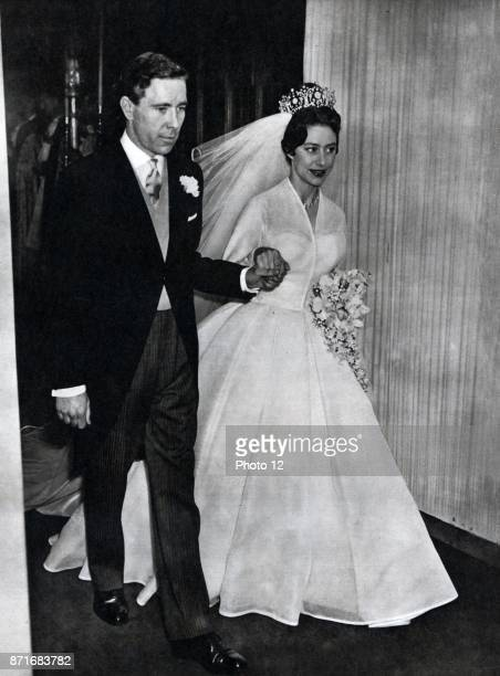 Antony ArmstrongJones 1st Earl of Snowdon marries Princess Margaret younger daughter of King George VI and younger sister of Queen Elizabeth II 1960