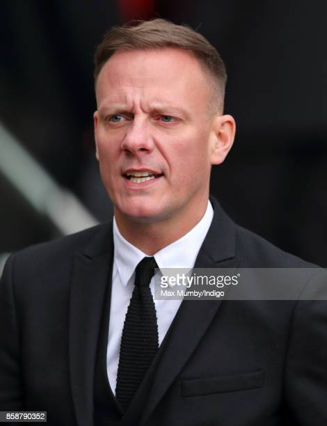 Antony Cotton attends the funeral of Liz Dawn at Salford Cathedral on October 6 2017 in Salford England Actress Liz Dawn played Vera Duckworth in...