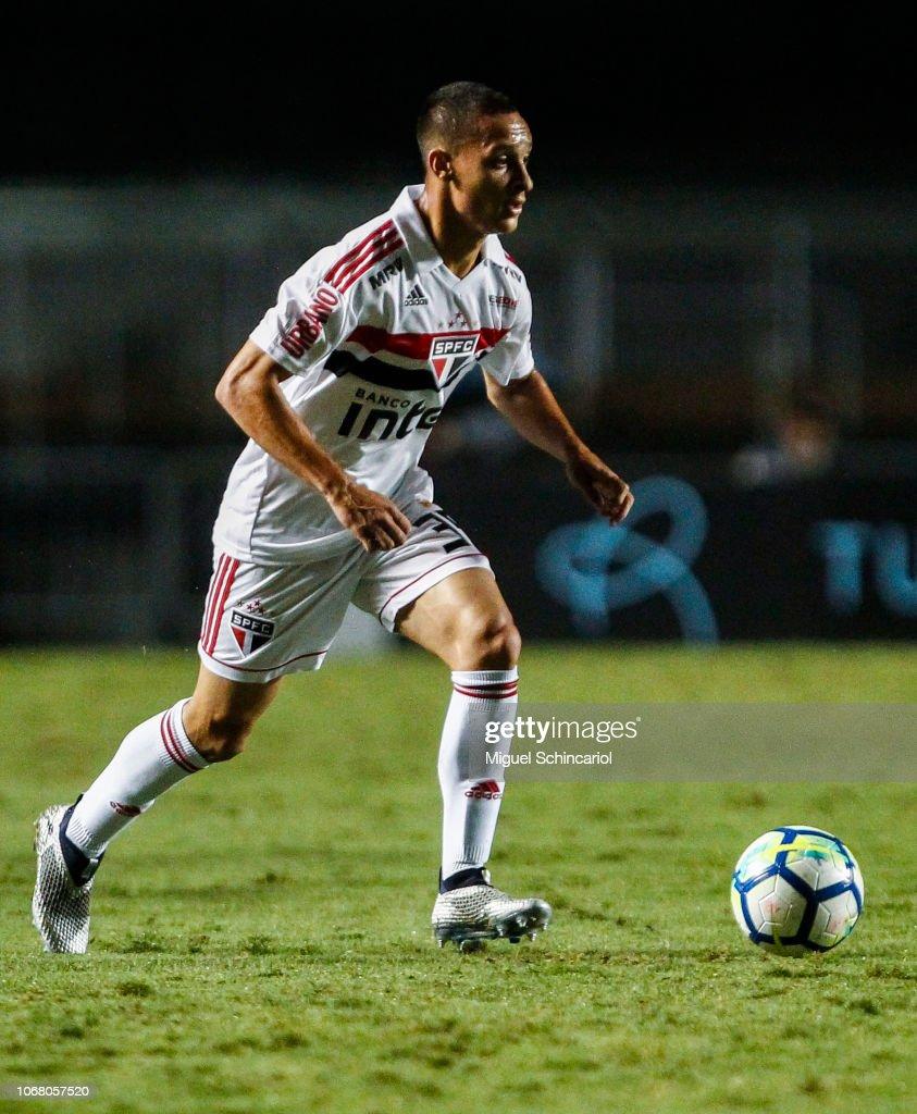 Sao Paulo v Gremio - Brasileirao Series A 2018 : News Photo