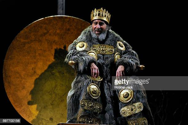 Antony Sher as King Lear in William Shakespeare's King Lear directed by Gregory Doran at the Royal Shakespeare Theatre on August 26, 2016 in...