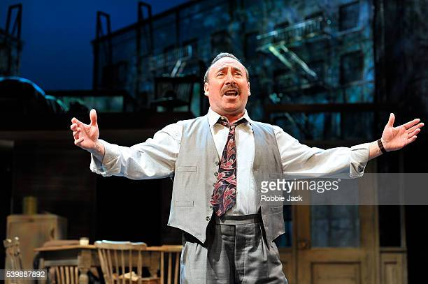 Antony Sher as Willy Loman in the Royal Shakespeare Company's production of Arthur Miller's Death of a Salesman directed by Gregory Doran at the...